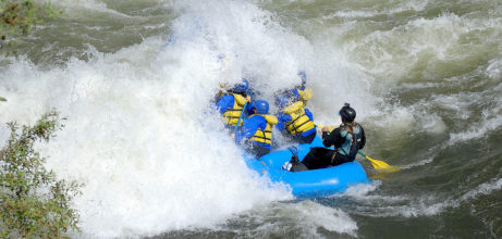 huge wave swamps raft on merced river